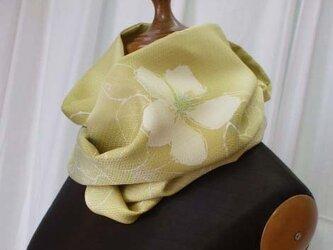 くちなしの花が可愛いスヌード 絹の画像