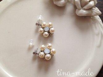white Flowerの画像