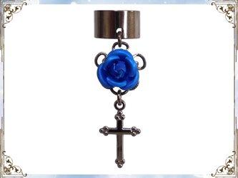 ゴシック・ゴスロリ・パンク系薔薇&十字架のイヤーカフス黒青の画像