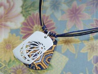 [銀×和布]透かし和柄タグペンダント『鞠』の画像