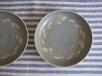 リースの中皿(空色)の画像