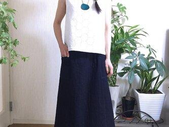 二重織りヘリンボーン生地のスカートの画像