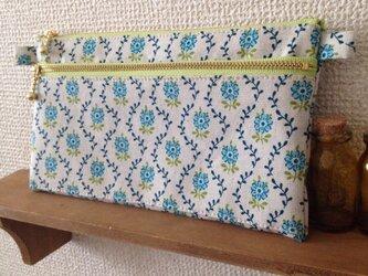 カードポケット付き通帳ケースB ブルー小花の画像