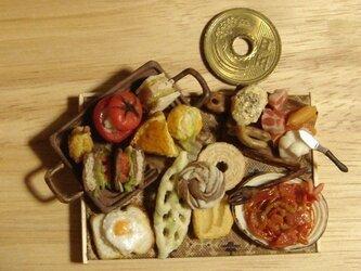 ★トマトのサンドイッチ&チーズと生ハムブロックの盛り合わせの画像