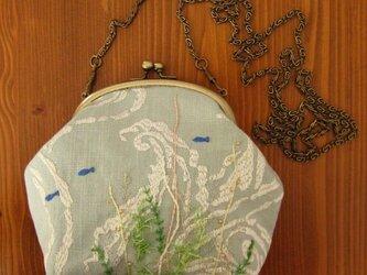 手刺繍・がまぐちポシェット(海の中②)の画像