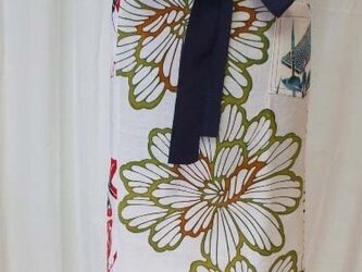 浴衣からインパクト大なカフェエプロンの画像