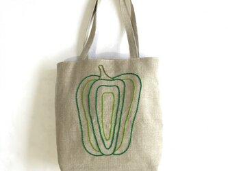 ぴーまん刺繍のバッグの画像