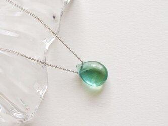 フローライトのネックレス 天然石 青緑 少し大き目の画像