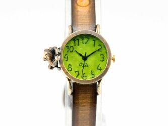 中を覗きたい蛙腕時計Sライムの画像