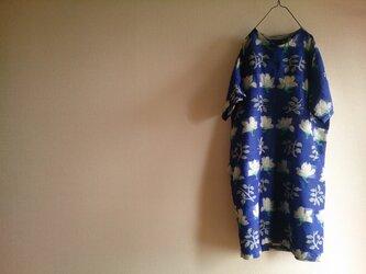 着物リメイク 花柄ワンピースの画像
