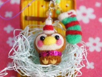 羊毛フェルト クリスマスサンタすずめちゃん靴下2連ストラップ☆の画像