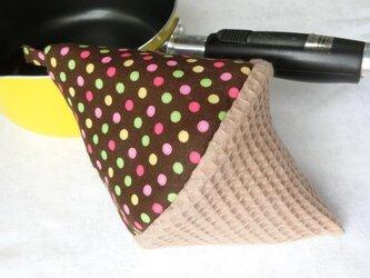 鍋つかみ 三角つまみ チョコ×カラフルアイス の画像