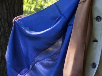 シルクスカーフの画像