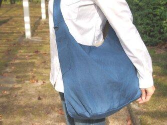 ラミーリネンショルダーバッグ【ブルー】の画像