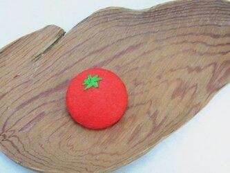 トマトのフェルトブローチの画像
