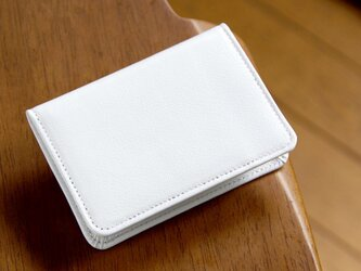 《CHLOE》◇2つ折りパスケース(定期入れ・カードケース)◇ホワイト◇の画像
