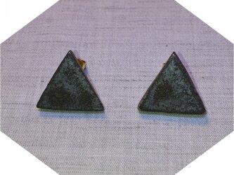 三角なピアス(大)の画像