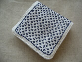 +++クロス刺繍のハンカチ【濃藍】+++の画像
