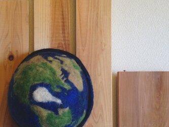 地球ハット 紺の画像