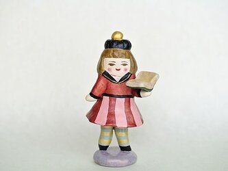図書室の学生人形の画像