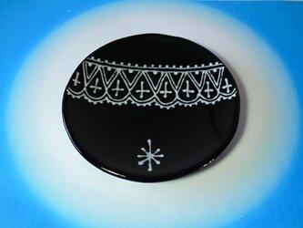 ガラスの黒小皿の画像