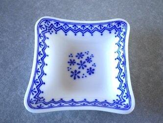 変わり四角鉢 ブルーレースの画像