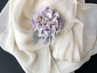ダリアのコサージュ *薄紫色の画像