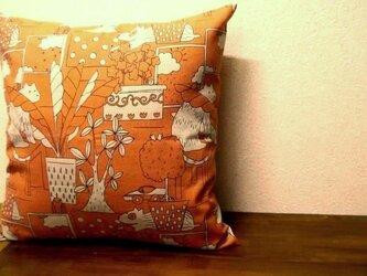 クッションカバー★オレンジの動物柄の画像