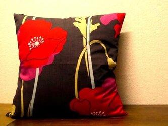 クッションカバー★赤いお花の画像
