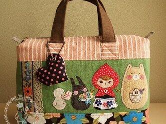 【ご売約済み】赤ずきんちゃんにメロメリョーシカの画像
