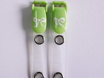 手描きバンドクリップ2個(リボン/グリーン) 移動ポケットの画像