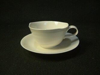 白磁ティーカップの画像