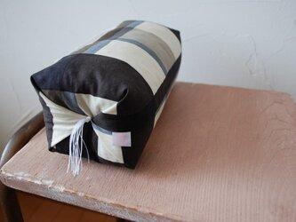 ちょい寝枕「チェック」の画像