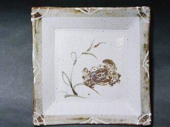 正方形陶板(カニ)の画像
