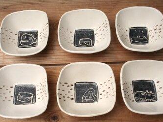 四角い小鉢の画像