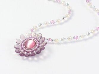 ピンクの花ネックレス・淡水パールの画像