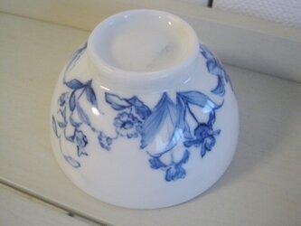 小さなご飯茶碗の画像