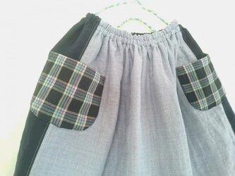リネンとコットンの女の子スカートの画像
