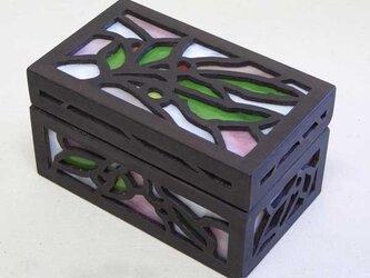 ◆ハンドメイドで作った木とステンドグラスの宝石箱T◆の画像
