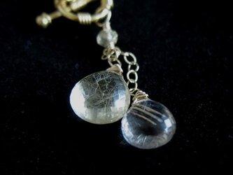 ルチル・クォーツのネックレスの画像