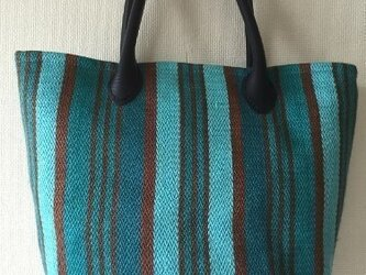 手織りの麻布の手提げバッグ ブルーの画像