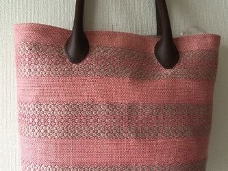 手織 麻布の手提げバッグ ピンクの画像