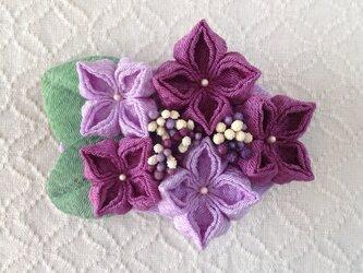 〈つまみ細工〉紫陽花のバレッタ(藤色と若紫)の画像