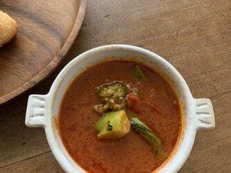 お鍋の形のスープ碗の画像