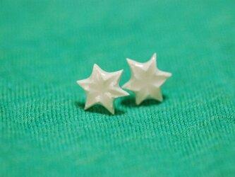六角星 ピアス/白の画像
