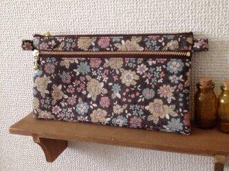 カードポケット付き通帳ケースB YUWAブラウン花柄の画像