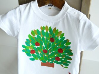 名入れ無料 子供用Tシャツ~りんごの木~ホワイトの画像