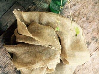 草木染めストール(たまねぎと黄金花ブレンド・カーキ色)の画像