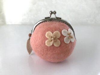 羊毛フェルトがま口財布 桜色の画像
