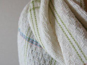 麻と絹の手織りショール(シルク/ターコイズブルー)の画像